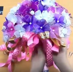 harisnyavirág esküvői csokor 7